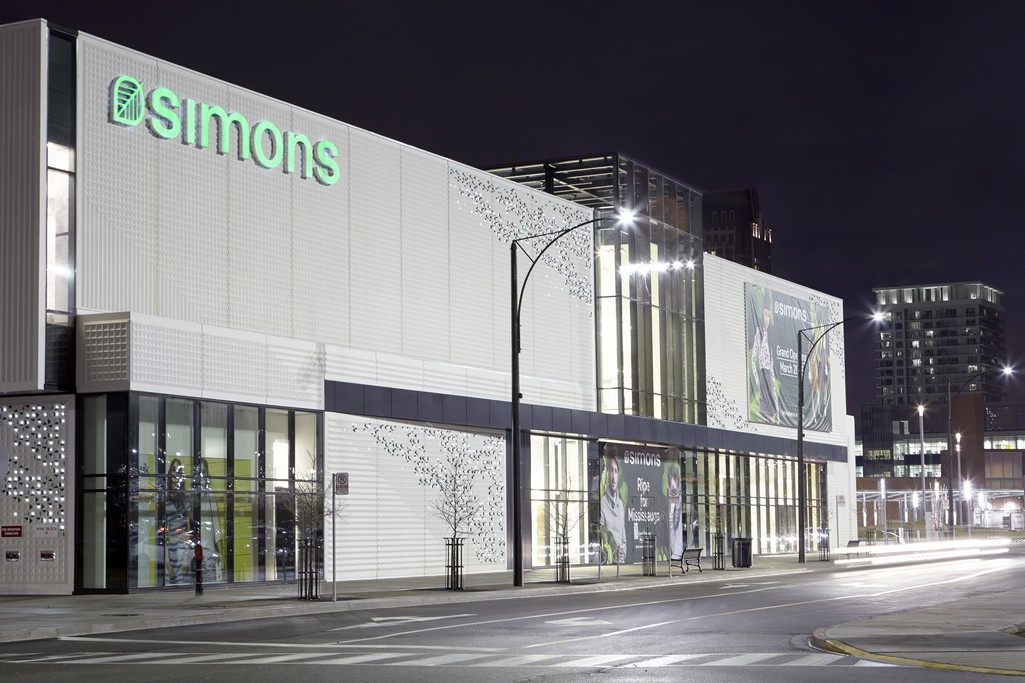 Simons – Square One, Mississauga